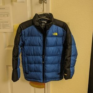 North Face Boy Size 10/12 Blue and Black